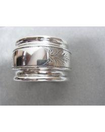 Antiek zilveren servetring, fraai bewerkt