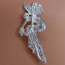 Zilveren broche hanger Vrouw in Jugendstil Art Nouveau style.