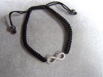 Zwart gevlochten koordje met infinity teken met zirkonia.