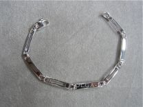 Armband met 3 smalle plaatjes
