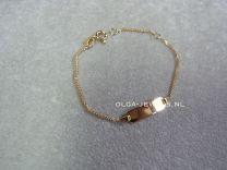 9 karaat kinder naam armbandje met klein plaatje 11 tot 13 cm.