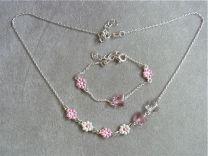 Vilndertjes met roze en witte bloempjes, setje.