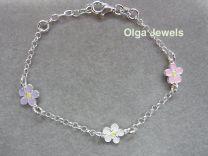 Lilly, zilveren armbandje met pastel edelweiss bloempjes.