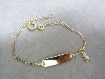 8 karaat peuter naamplaat armband Figaro schakel met beertje 12 tot 14 cm