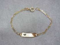 Naamarmband goud, model figaro met hartje 16 tot 18 cm.